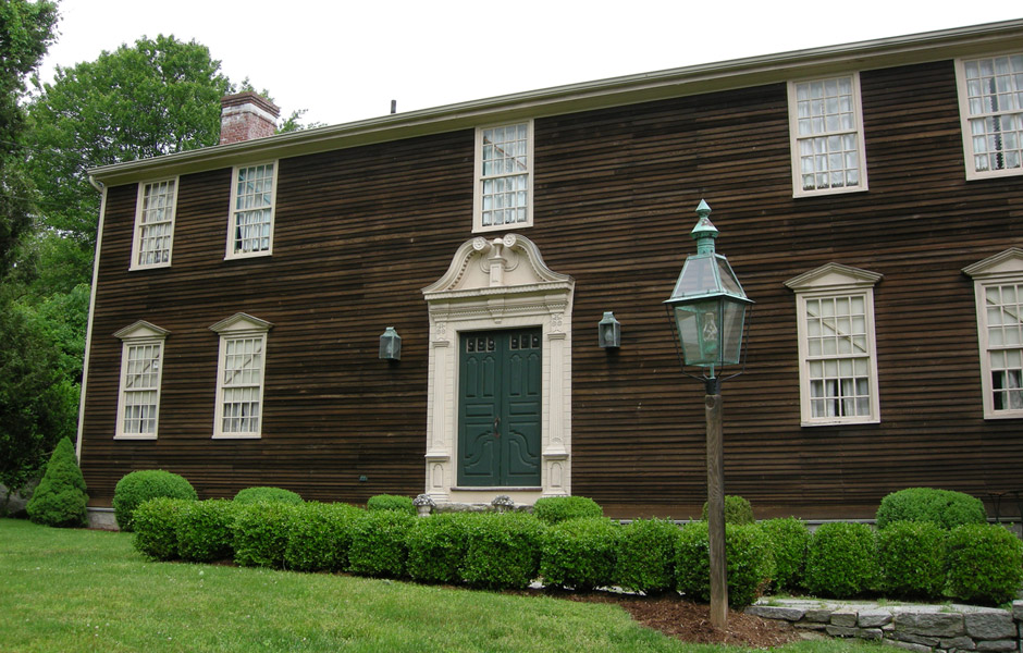 Colonial homes 28 images tips to retain the essence of for Classic american homes for sale